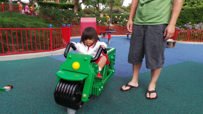kid at LEGOLAND