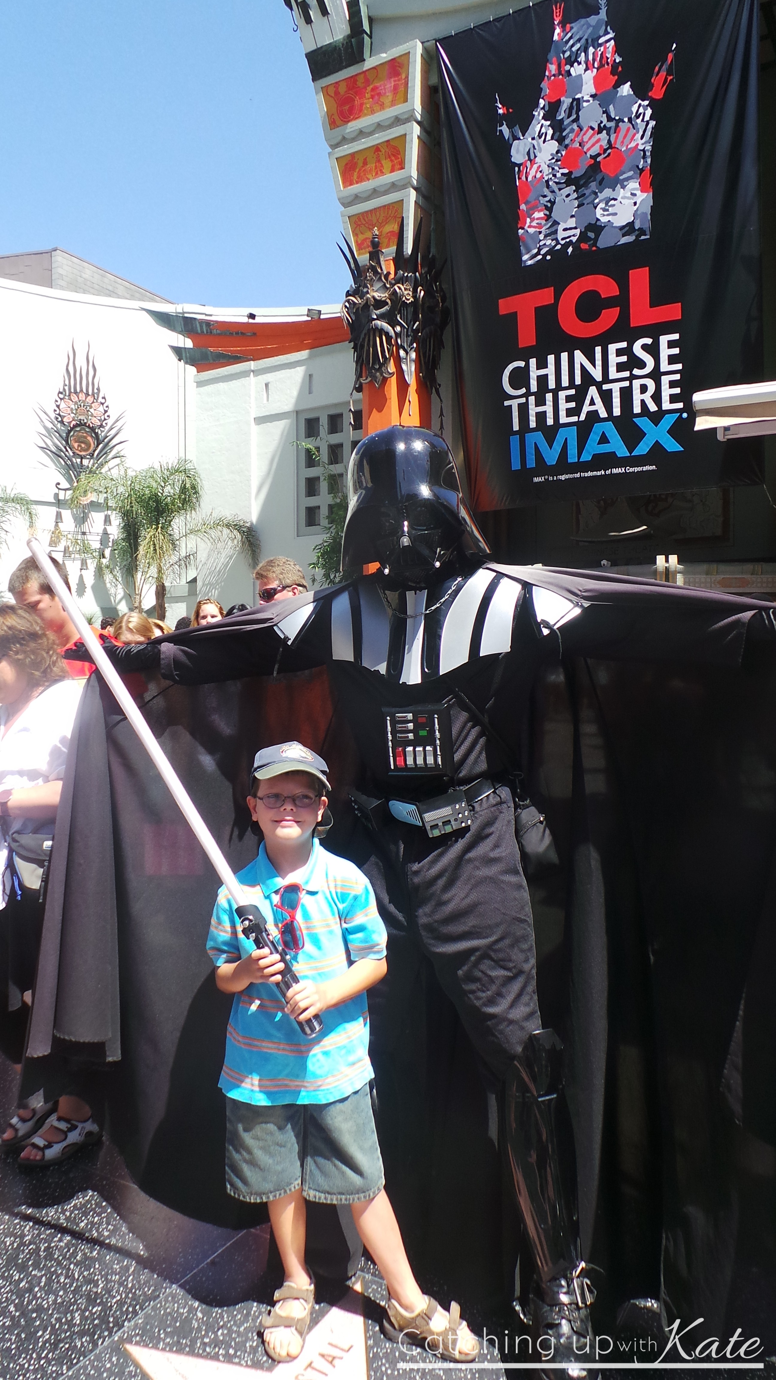 Darth-Vader-Manns-Chinese-Theatre-Hollywood
