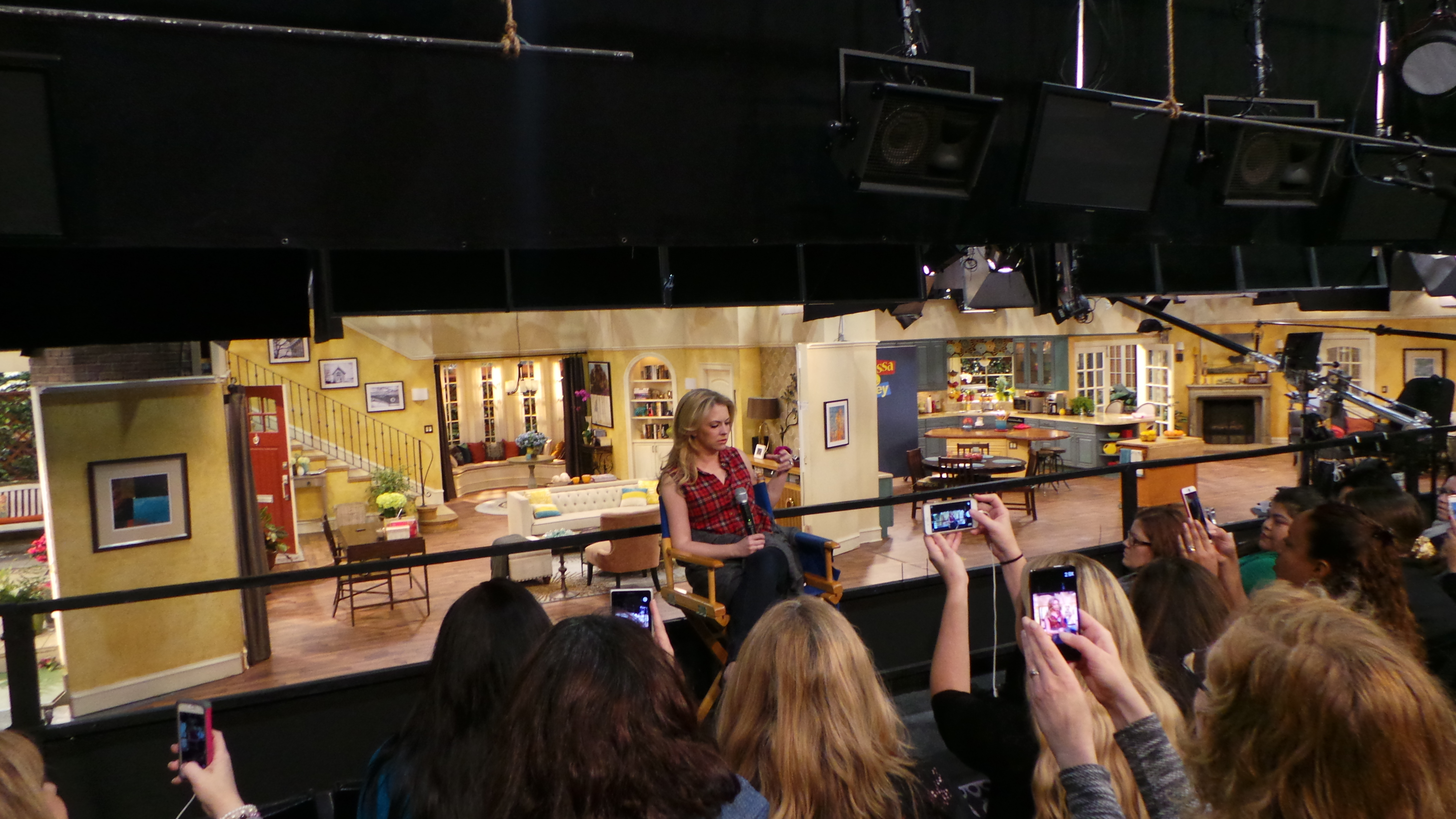 Interview with Melissa Joan Hart and Joey Lawrence