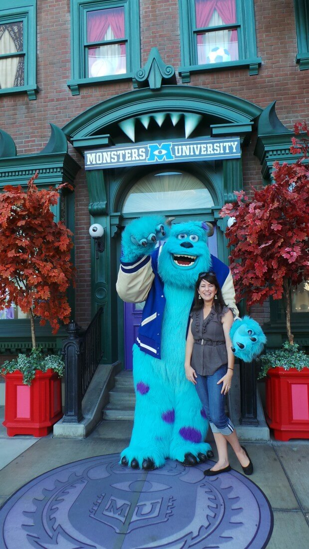 Monsters-University-DCA