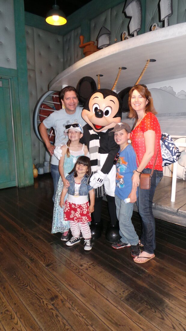 meeting-mickey-mouse