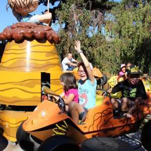 5 Reasons Why Knott's Berry Farm is Great for Families with Little Ones - Knott's Season Pass Giveaway