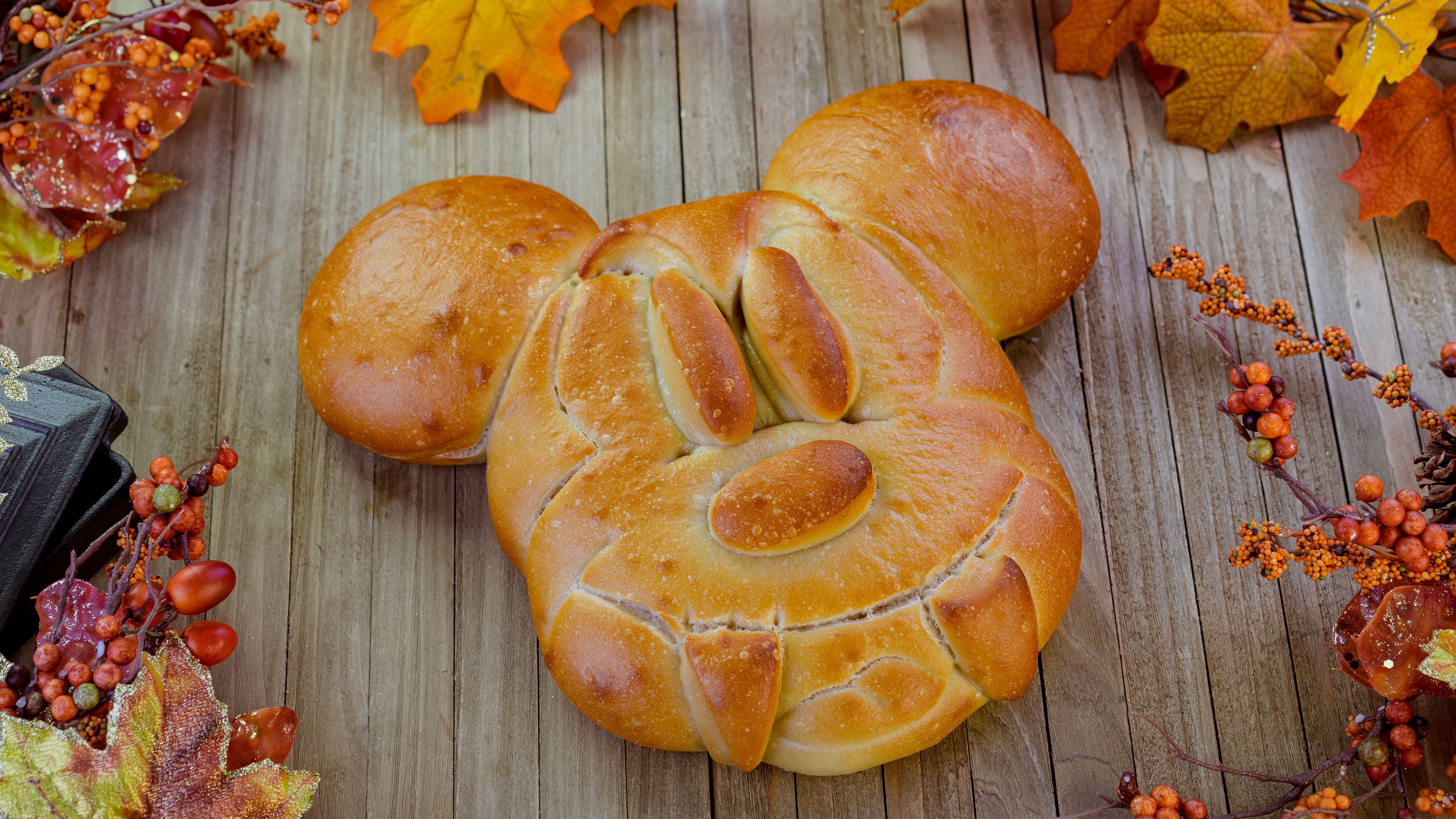Mickey with fangs bread