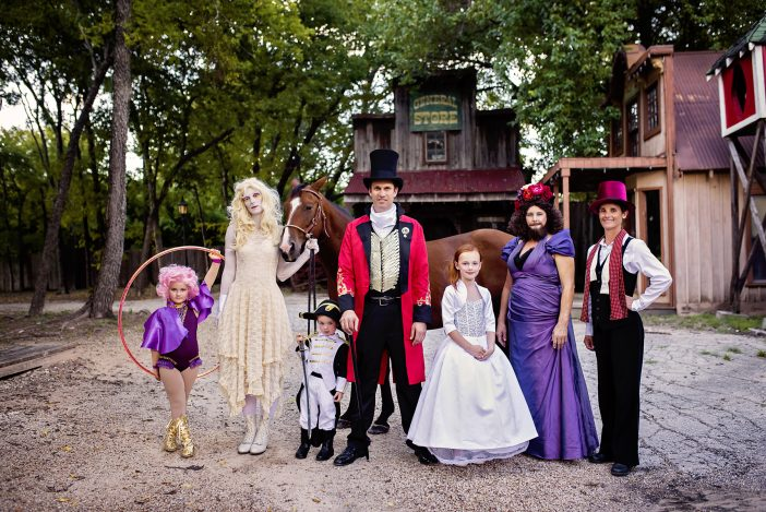 greatest showman family costumes